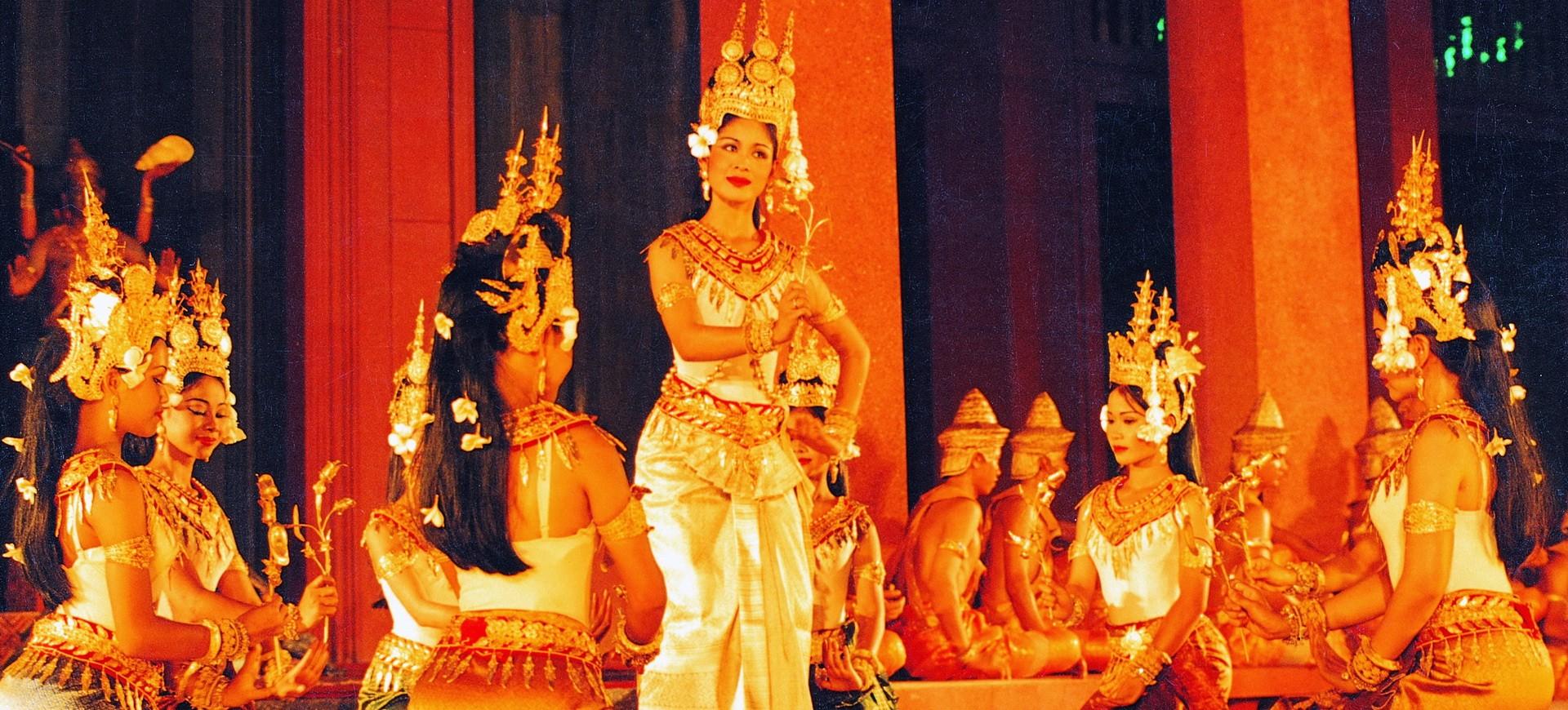 Cambodge spectacle de danses classiques