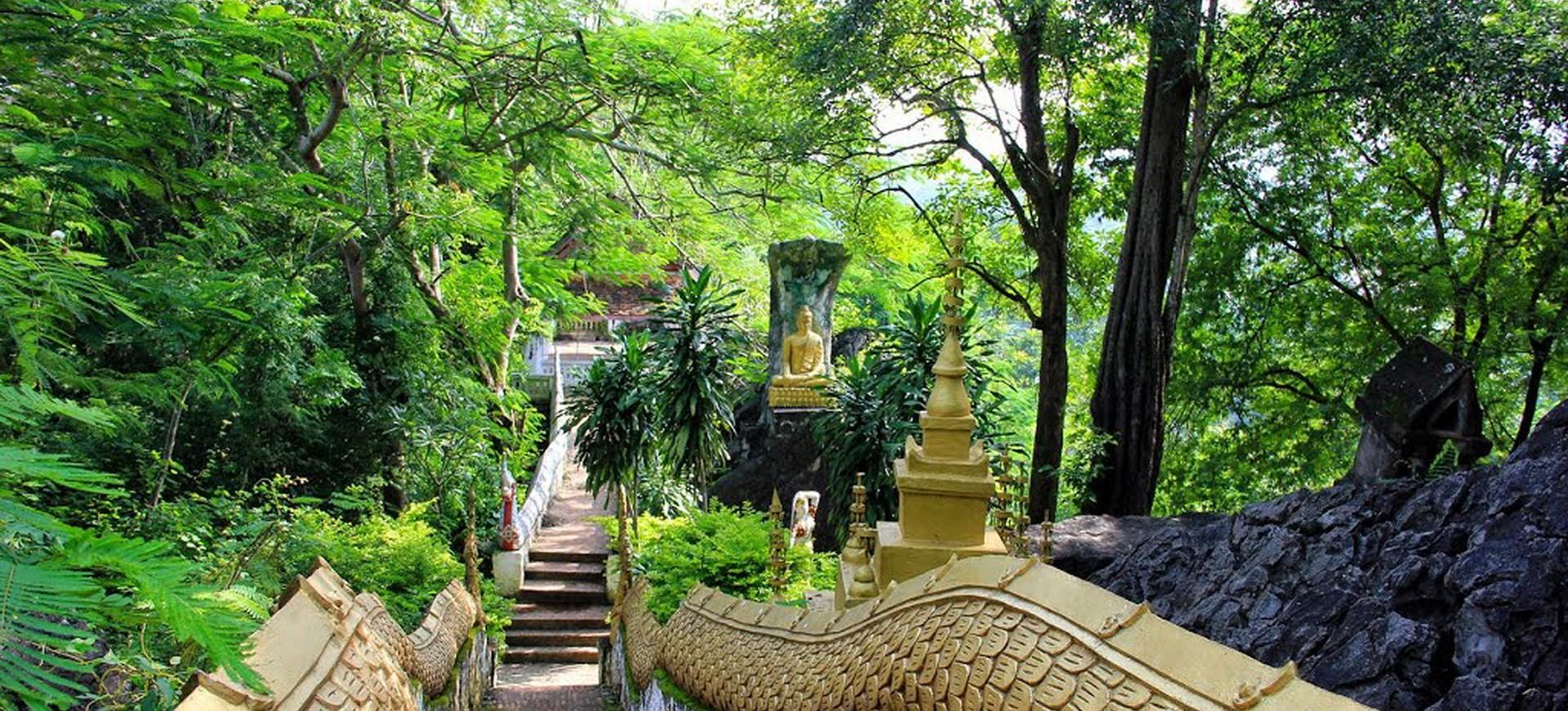 Laos Luang Prabang Colline de Phousi
