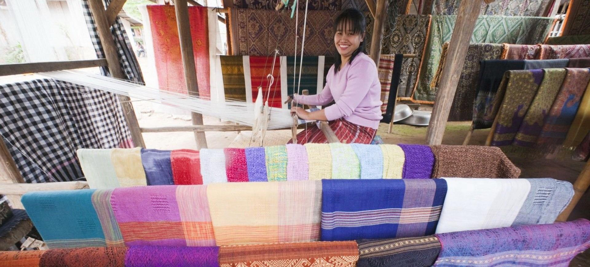Laos Luang Prabang Atelier de tissage